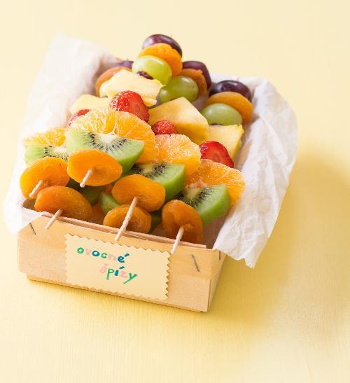 Ovocné špízy pro děti