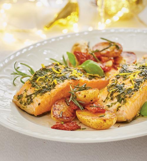 ▷ Nejlepší Grilovaný filet z lososa s opečenými bramborami recepty -  Recepty.eu