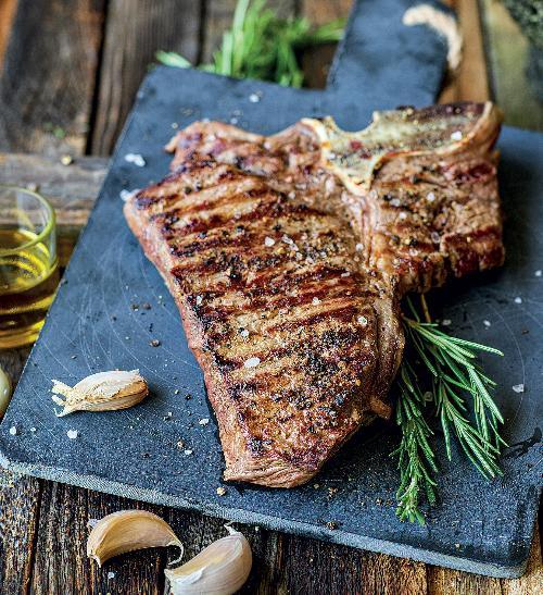 T-bone steak v rozmarýnovém oleji