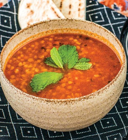 Ezogelin čorba - polévka s bulgurem