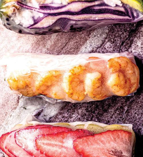 Jarní závitky barvy duhy krevetové