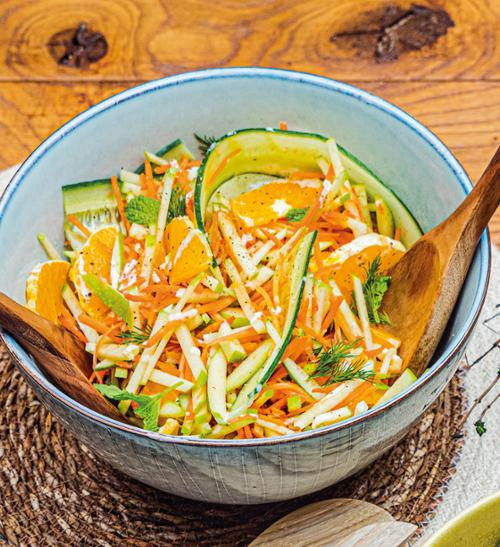 Salát s mrkví a jablkem
