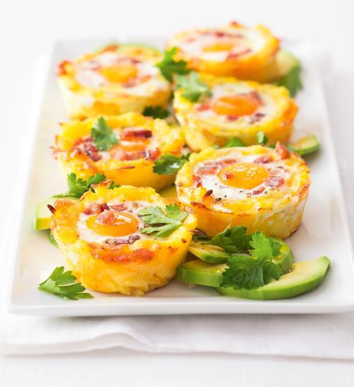 Bramborové košíčky s vejci a sýrem