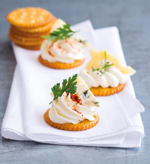 Jednohubky se sýrovými variacemi