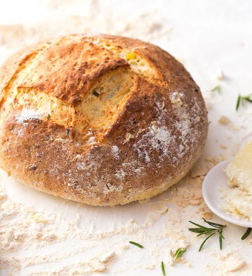 Domácí bramborový chléb s pecorinem