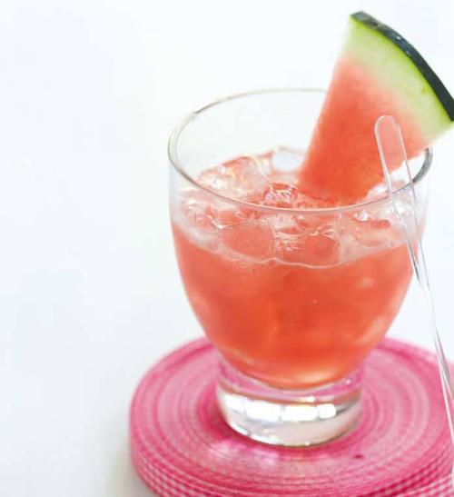 Melounový koktejl s ledem