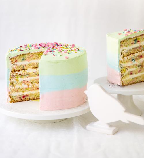 Duhový vanilkový dort