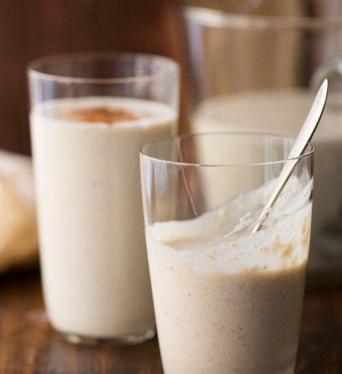 Hruškové smoothies vločkami, zázvorem a skořicí