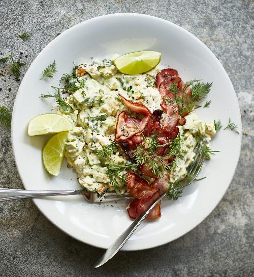 Avokádový salát s vejci