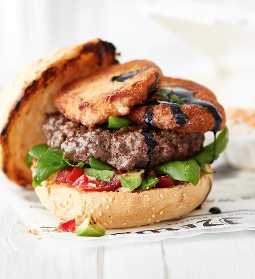 Hamburger s mozzarellou