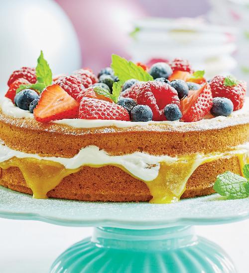 Přesnídávkový narozeninový dort sovocem