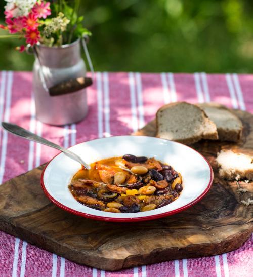 Fazolový kotlíkový guláš